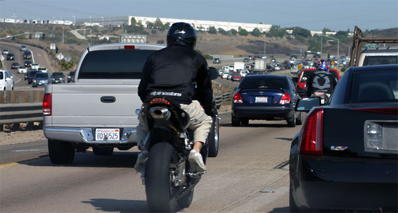 Motorcycle-lane-splitting-accident